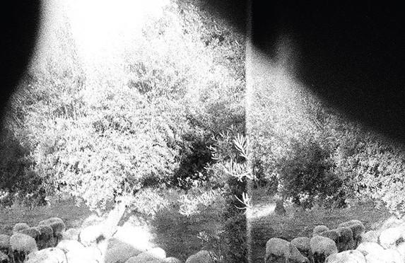 Prisluhnite novemu albumu kultnih Godspeed You! Black Emperor!