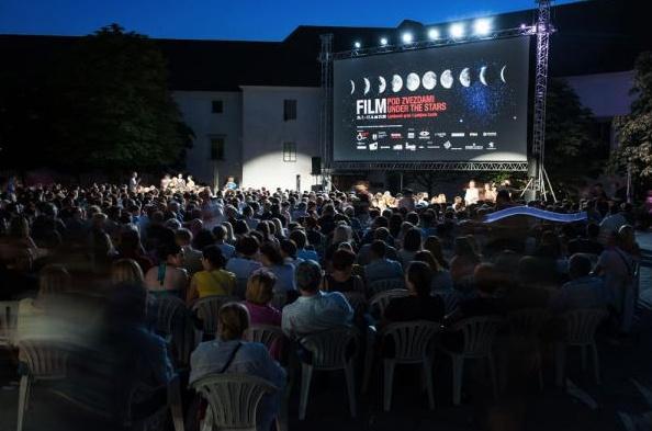 Letni kino Film pod zvezdami letos že julija