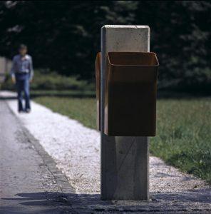 Košek za smeti Žaba 2 avtorja Saše J. Mächtiga; foto: osebni arhiv Saša J. Mächtig