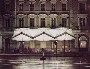 Nadstrešnica Evropa avtorja Saše J. Mächtiga; foto: osebni arhiv Saša J. Mächtig