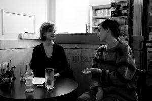Francesca in Patricija med intervjujem.