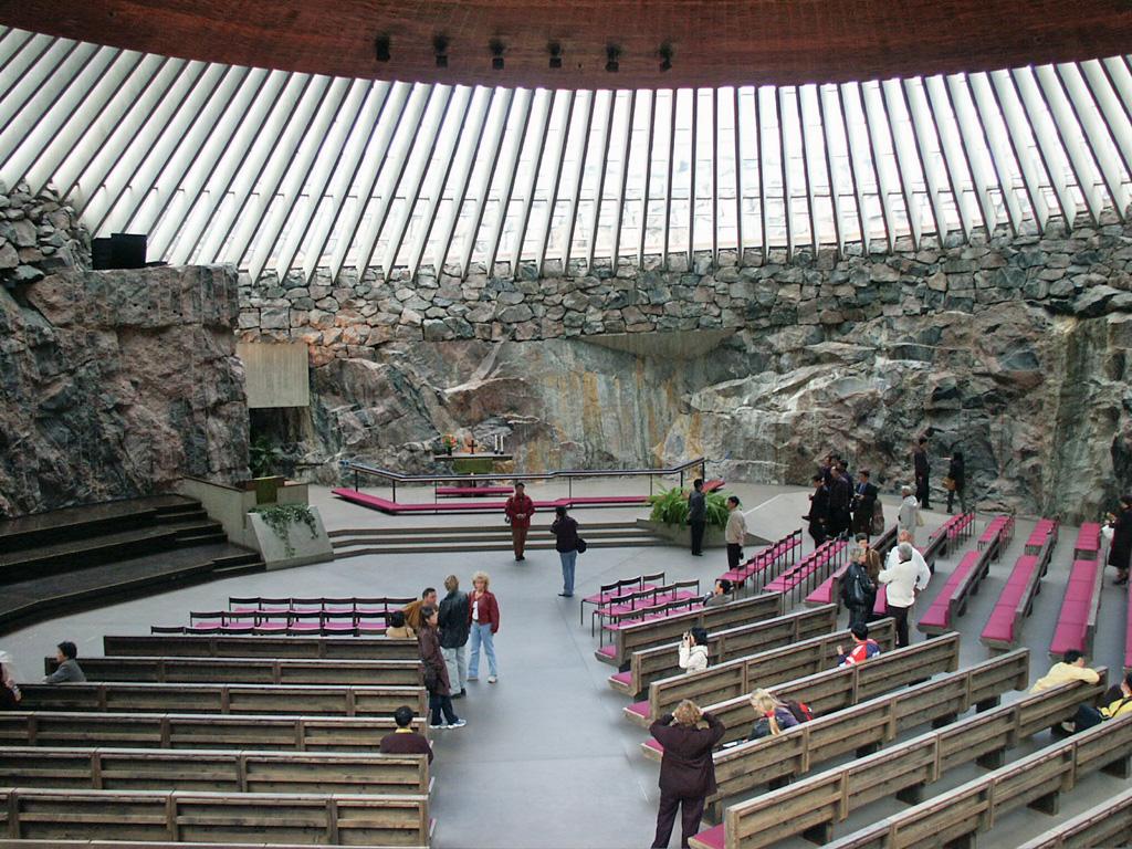 Helsinki: Sakralna arhitektura v čaščenju narave