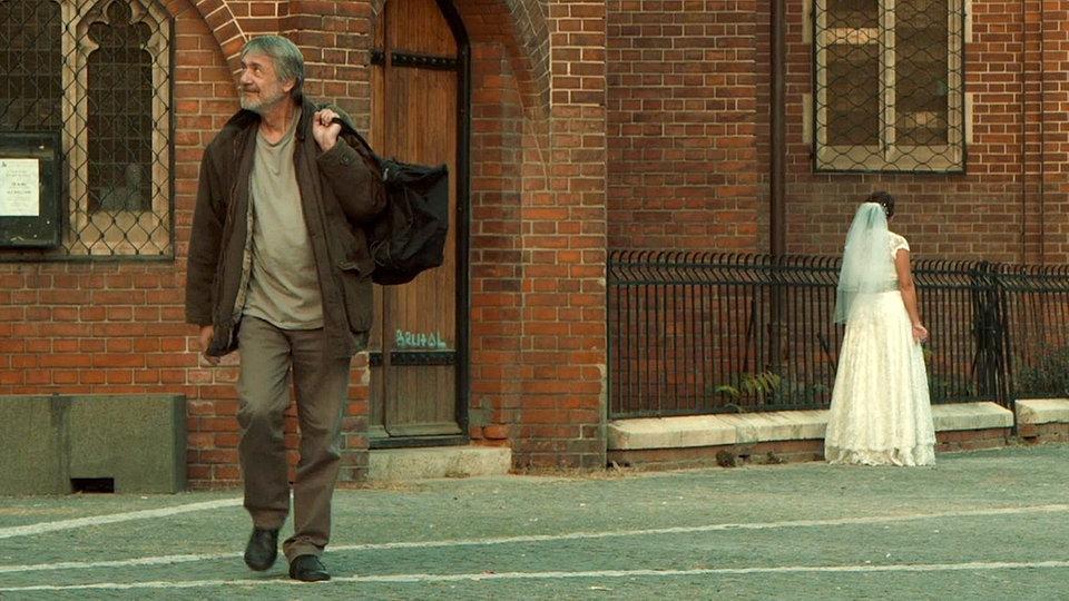 Prizor iz kratkega filma Človek.