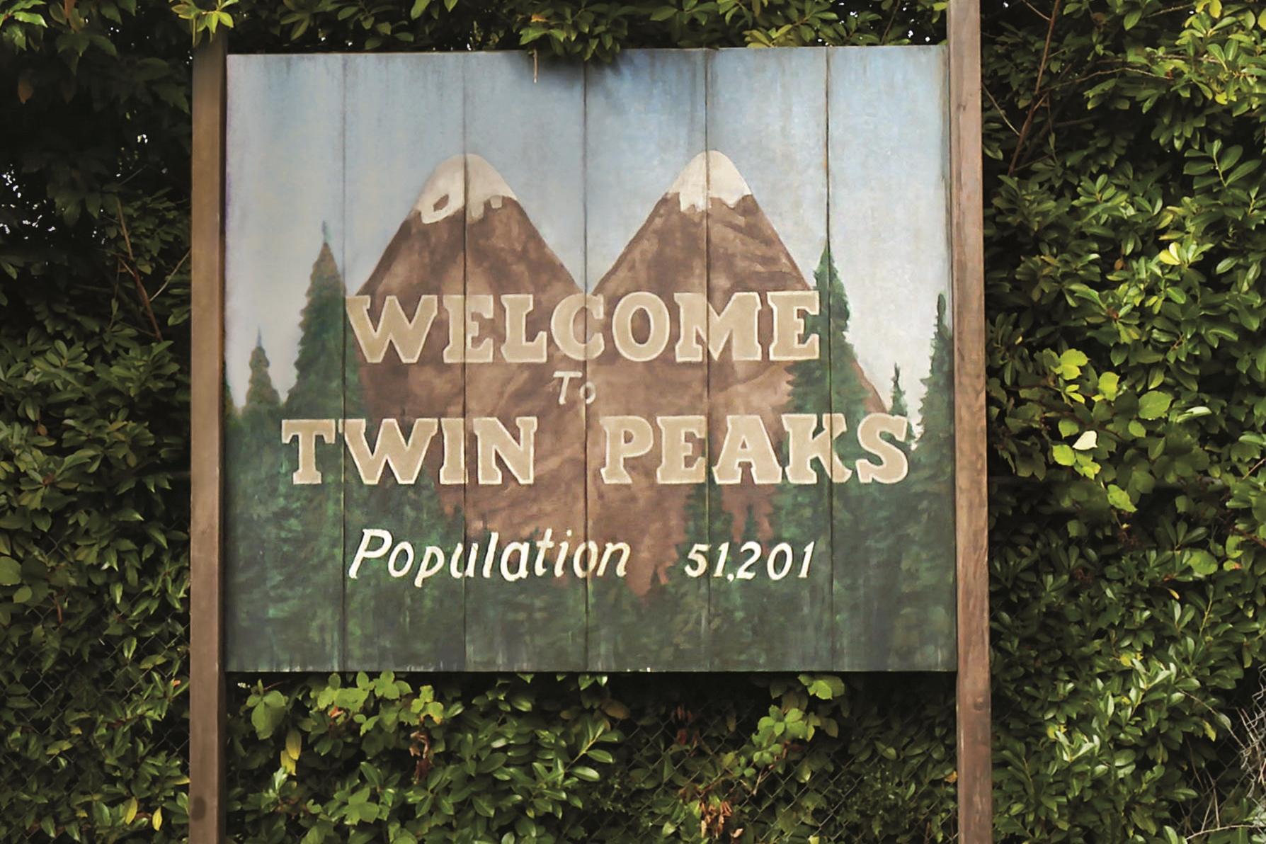 NAGRADNA IGRA: V sodelovanju s HBO Slovenija podarjamo majico kultne serije Twin Peaks!