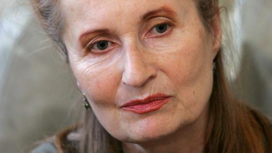 Elfriede Jelinek: letošnja faustova nagrajenka za življenjsko delo